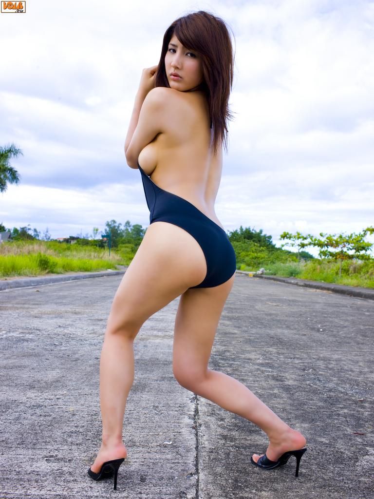 Watanabe Bambi 渡辺万美