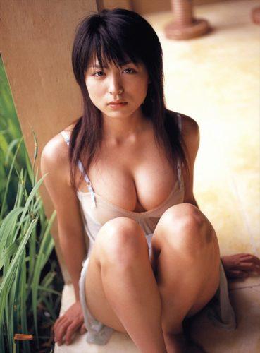 Kawamura Yukie 川村ゆきえ