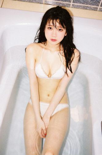 Kaneko Rie 金子理江