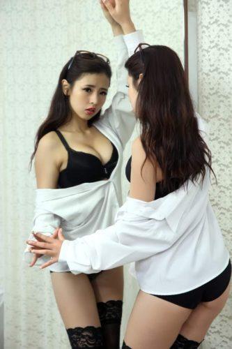 YiYi 筱穎兒