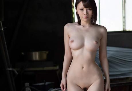 Ito Mayuki 伊藤舞雪