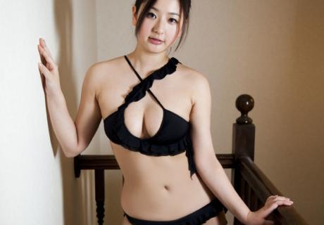 Murakami Yuri 村上友梨
