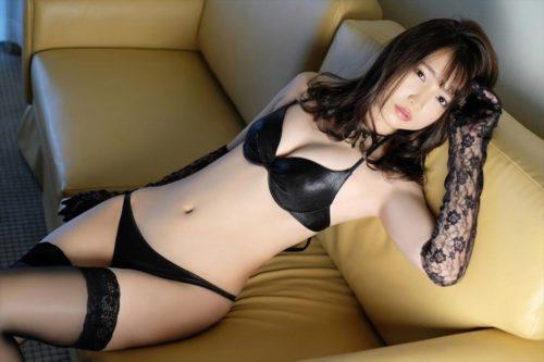 Shimura Rika 志村理佳