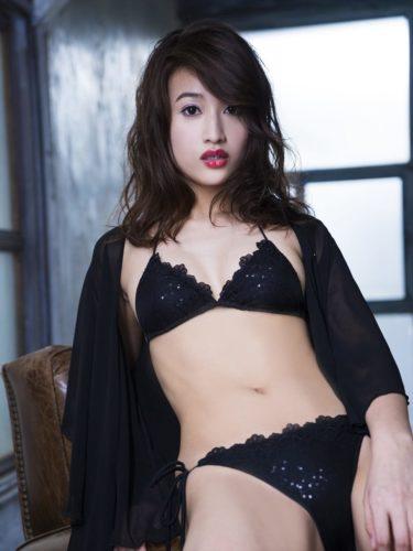 Yokokawa Mina 横川ミナ