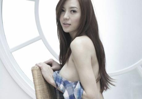 Cica 周韦彤