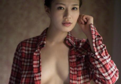 Takano Tomomi 高野人母美