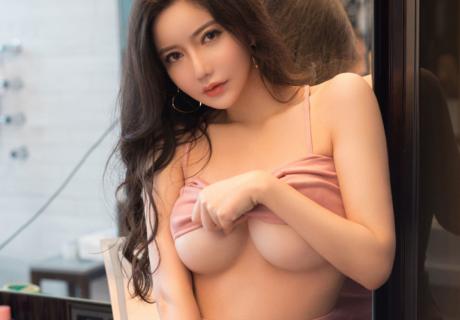 Nancy 李妍曦