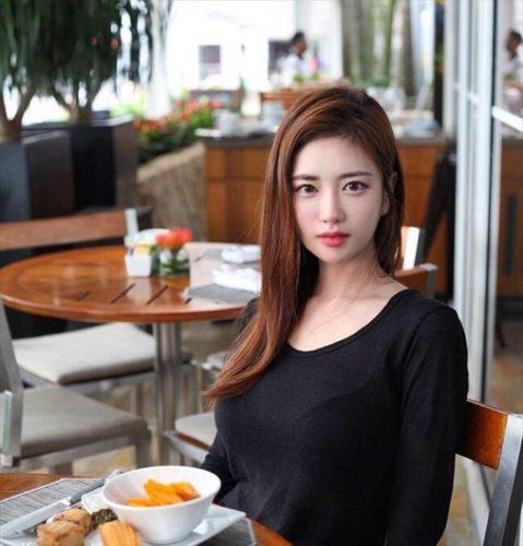 Yuki Han 韩申颖