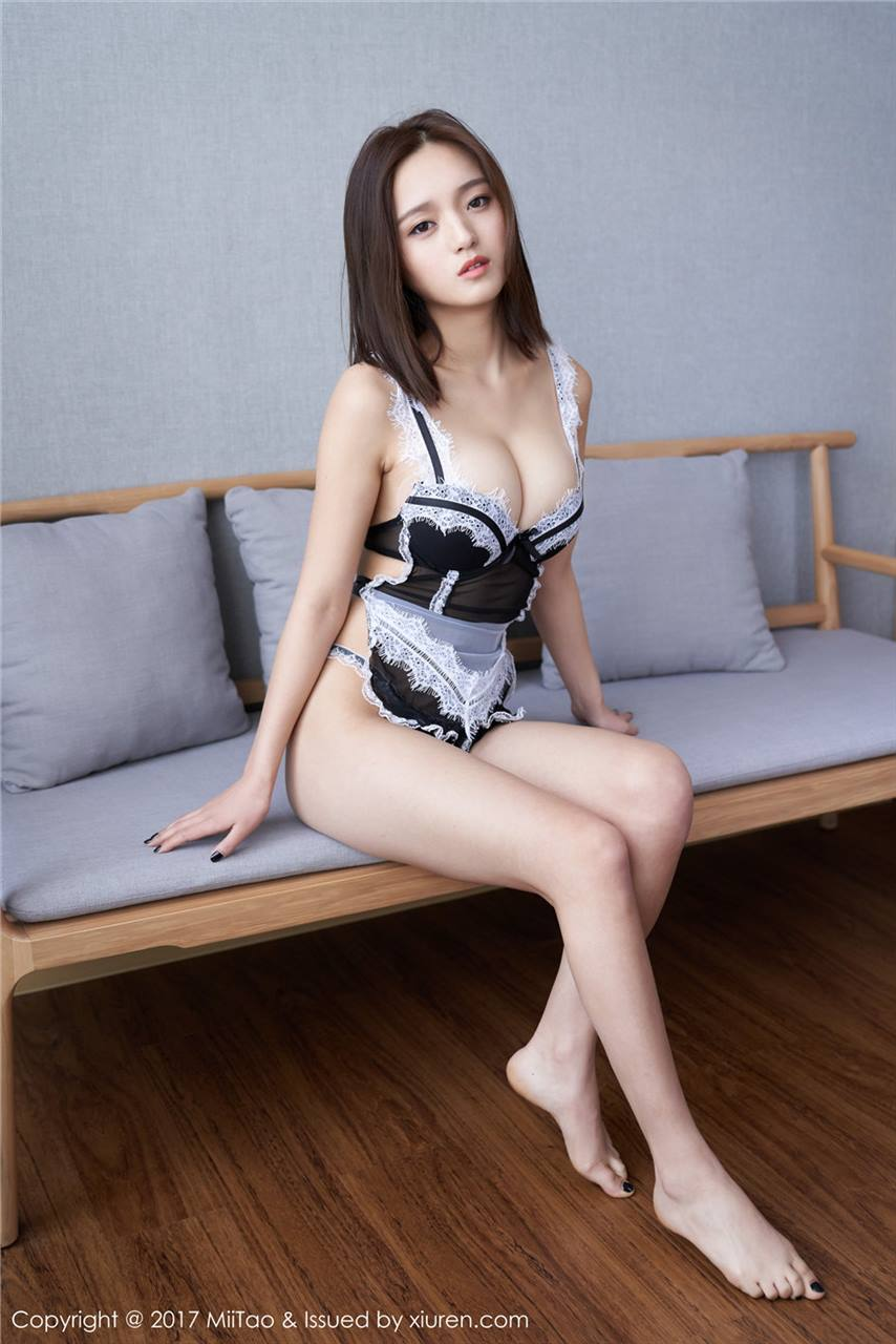 Li Ying Shi 李颖诗