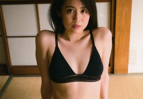 Nishimura Nanako 西村菜那子