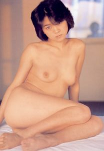 Akimoto Tomomi 秋元ともみ
