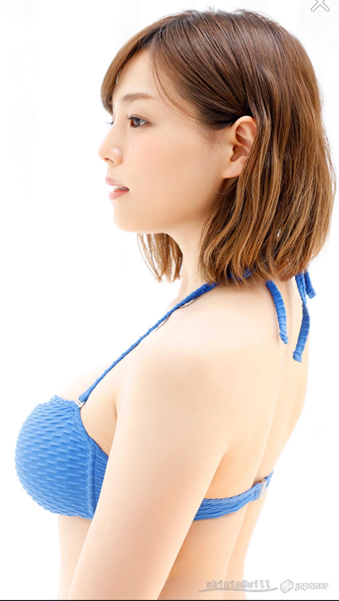 Shinozaki Ai (篠崎愛)   3615   TechnOtaku Gallery