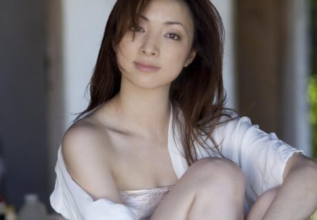 Shirahane Yuri 白羽ゆり