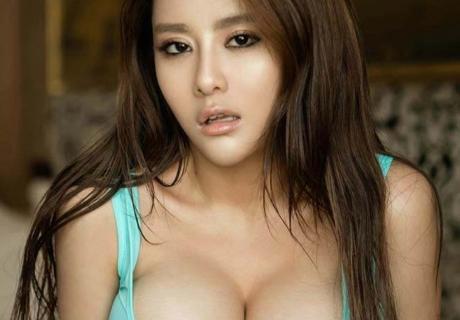 Wang Ying 王莹