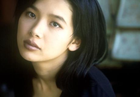 Akishiro Maya 章代麻矢