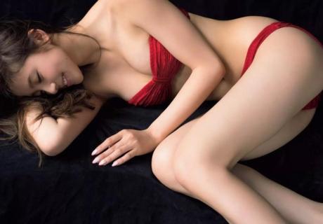 Asahina Aya 朝比奈彩