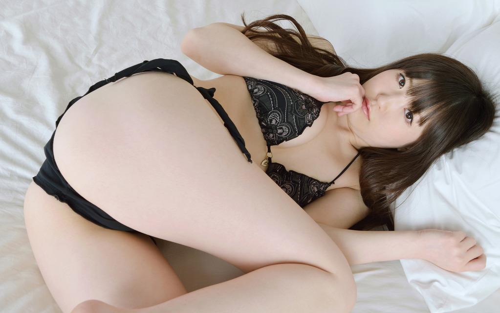Kuyu Akane 久宥茜