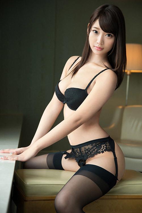Wakana Nao 若菜奈央