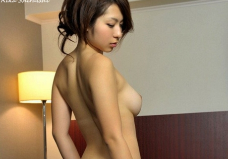 Shiraishi Rika 白石里佳