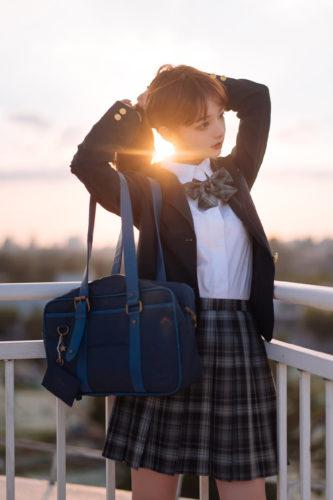 School Uniform 制服美女