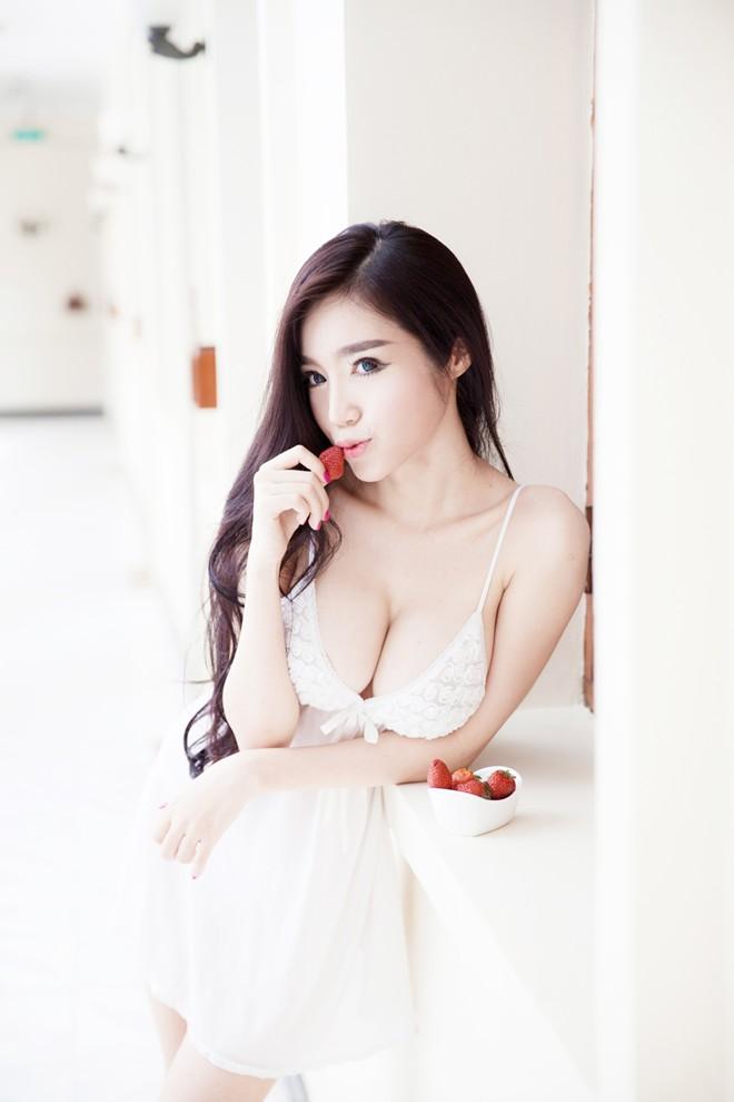 Elly Tran