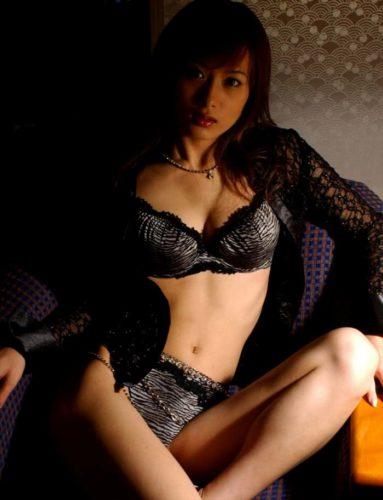 Mitake Ryoko 美竹涼子