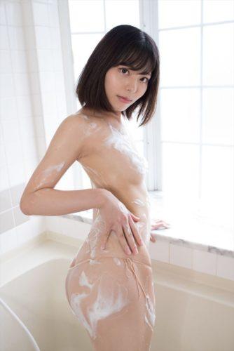 Narumi Chiaki 鳴海千秋