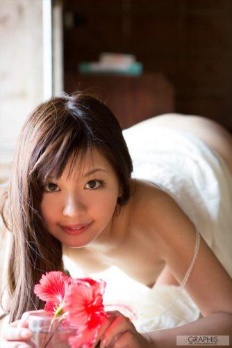 Hayama Mei 葉山めい