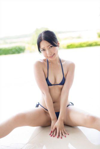 Mita Ui 三田羽衣