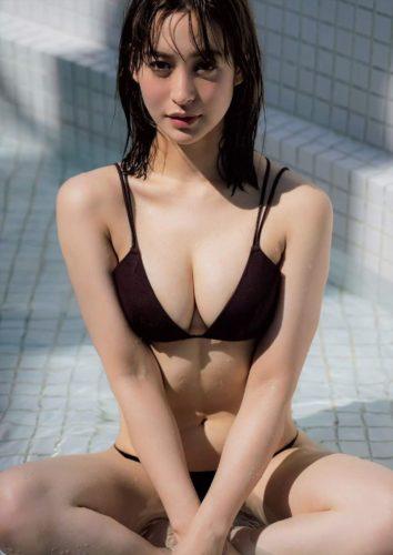 Nozaki Moeka 野崎萌香