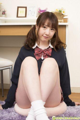 Moriyama Yui 森山結衣