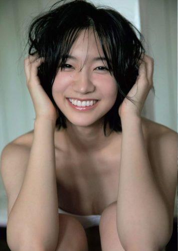 Onuki Rina 小貫莉奈