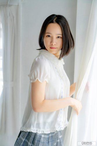 Hatsuno Fumika 初乃ふみか