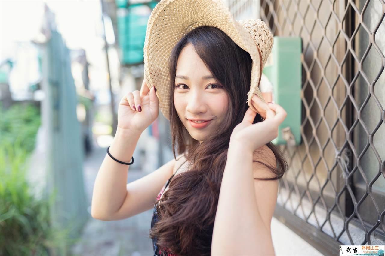 岑晴晴sunny