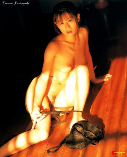 Kuribayashi Tomomi 栗林知美