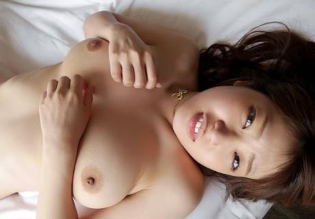 Inoue Hitomi 井上瞳