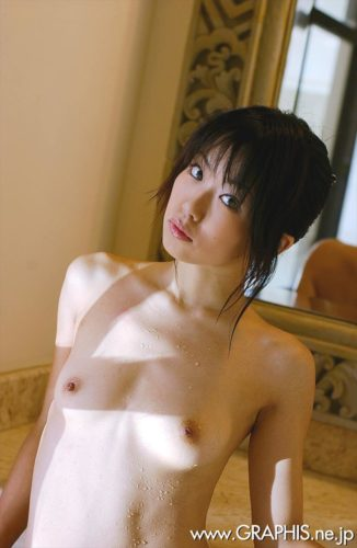 Ninomiya Saki 二宮沙樹