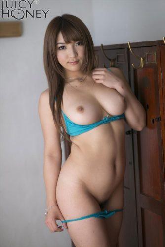 Kamisaki Shiori 神咲詩織