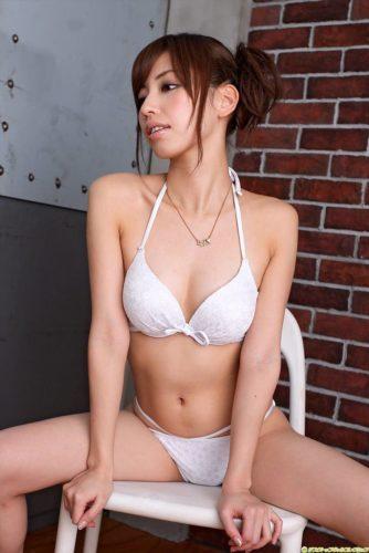 Yokoyama Miyuki 横山美雪