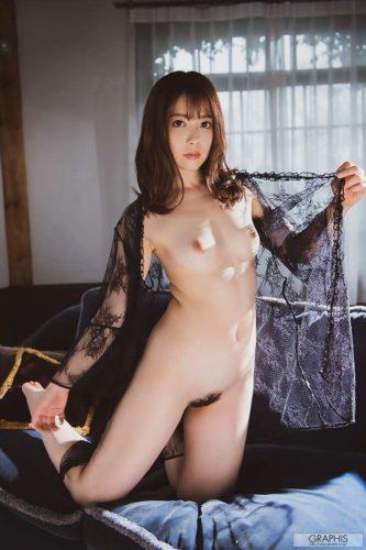 Misaki Nanami 岬ななみ