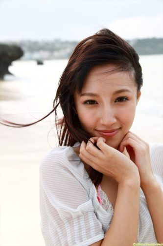 Aoyama Rola 青山ローラ