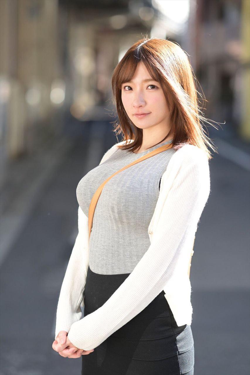 Washio Mei 鷲尾めい