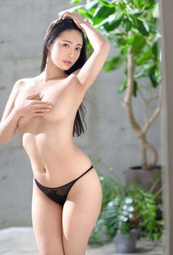 Matsuoka Suzu 松岡すず