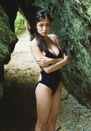 Katayama Moemi 片山萌美