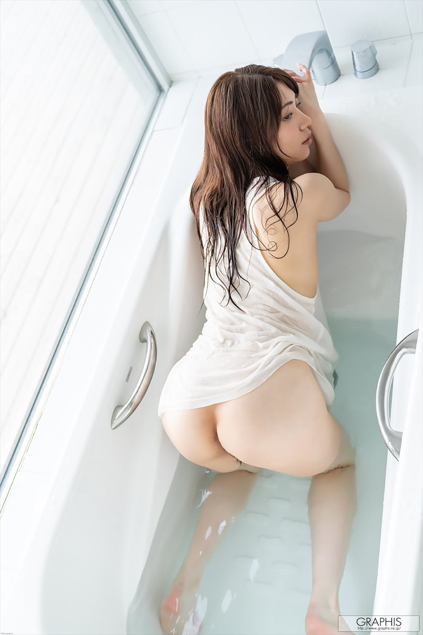 Yamagishi Aika 山岸逢花