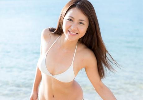 Yui Kaori 由井香織