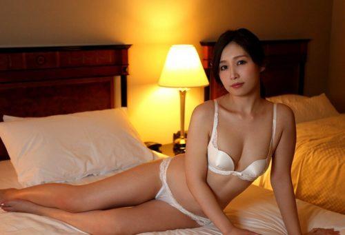 Sasaki Aki 佐々木あき