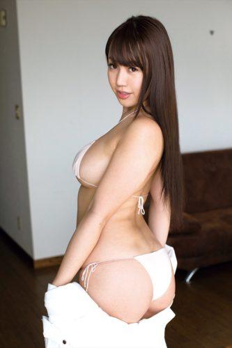 Aiba Reira 愛場れいら