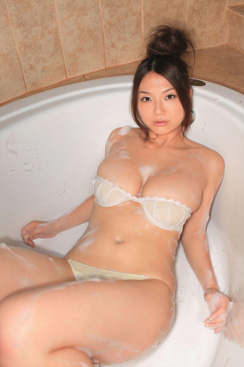Aizawa Hitomi 相澤仁美