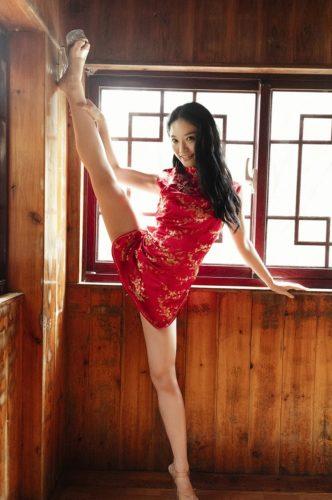 Kozue CYBER JAPAN DANCERS